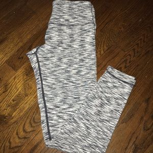 XS Beyond Yoga Midi Legging